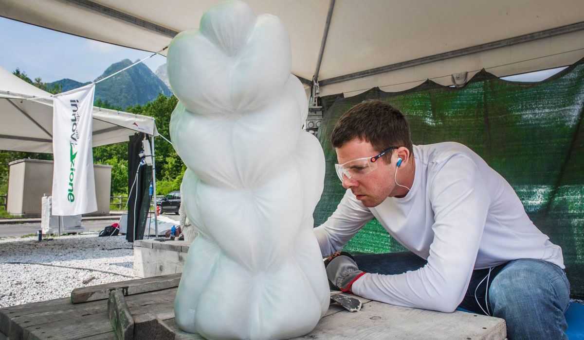 Assistant Professor of Art Jonathan Monaghan works on his sculpture.