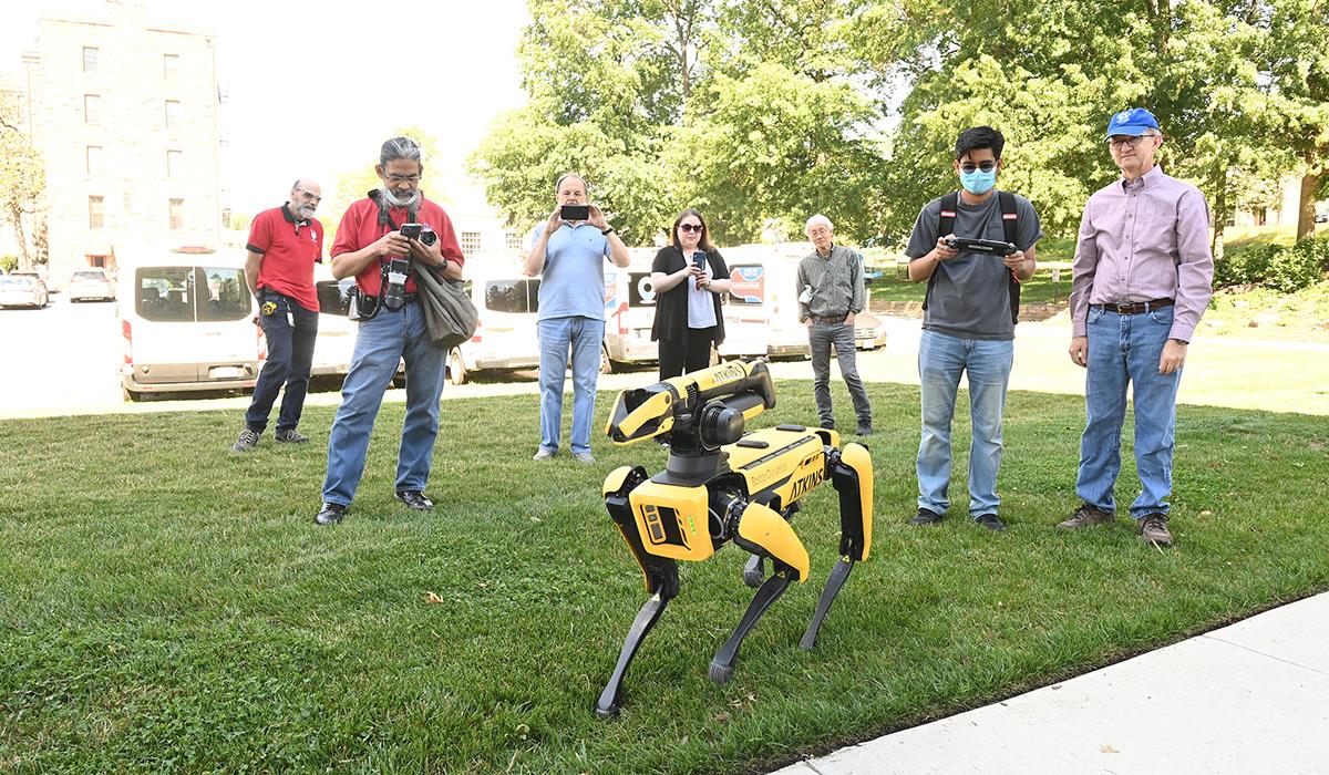 VSL Researchers Enjoy Visit from Robotic Dog
