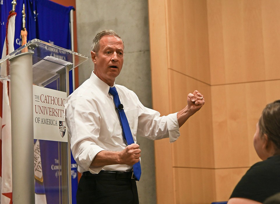 Governor O'Malley speaking to students