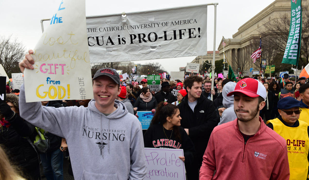 students in right to life march